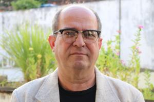 foto do professor flavio henrique